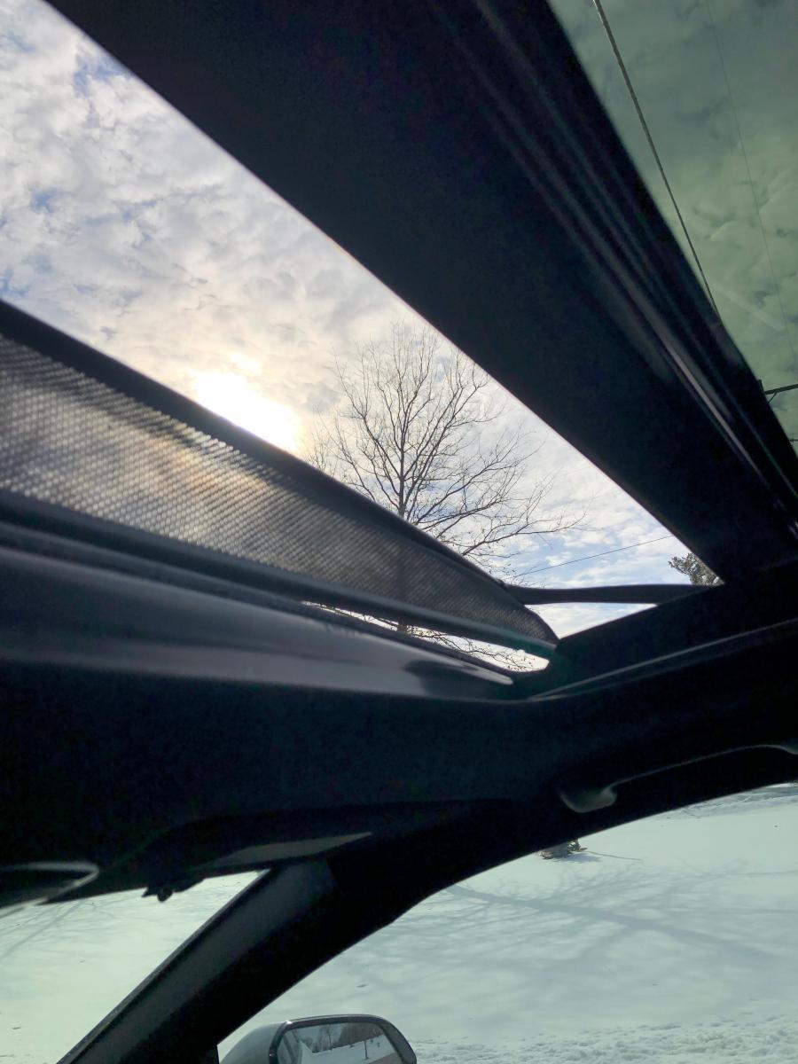 Sun Roof Air Deflector Detached | Hyundai Forums