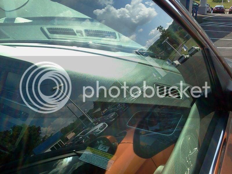 Dashboard Bubbling, Anyone else having it happen?   Hyundai